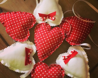 Red Bunting Hearts ~ Red Fabric Hearts Bunting ~ Red  Party Decor ~ Red Home Decor ~ Red Hearts Garland ~ Rustic Wedding Decor.