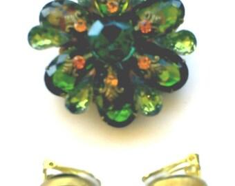 Gorgeous vintage goldtone big green watermelon rhinestone flower brooch and clipback earrings set
