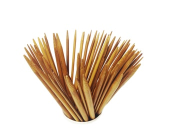 Set of 80 needles double-tipped bamboo, 5 needles by number, 16 measures.