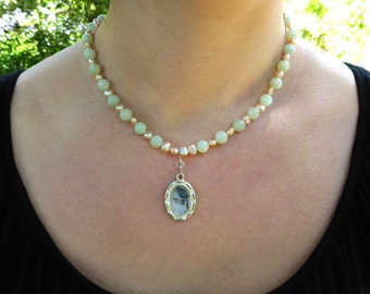 Jade and Fresh Water Pearl Necklace with Pendant