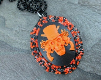 Cameo Necklace - Skull and Roses  - Halloween Sprinkles - Resin Skull Pendant