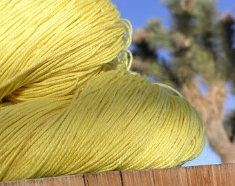 Natural Dye -  BFL Wool (Blue Faced Leicester) - Rabbit Bush