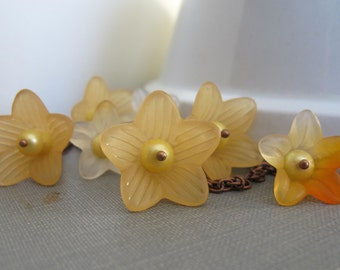 Flower Necklace, Orange Flowers, Copper Necklace, Yellow Pearls, Lucite Flowers, Trumpet Flower, Orange Blossoms
