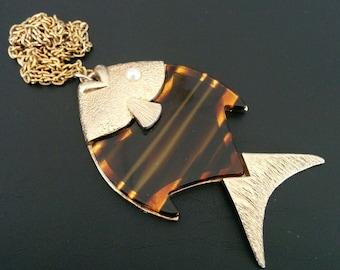 Fish Pendant Necklace Vintage Sarah Coventry Lucite Faux Pearl
