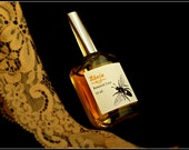 Abeja  Natural Perfume Spray Mist, a Delphic homage to the honey bee with beeswax, chamomile, floral, and herbal notes.