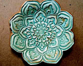Sea Green Ceramic Lotus Ring holder Dish 3 1/4 inches round