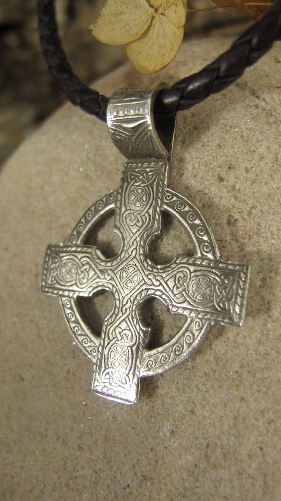 custom order celtic cross in fine silver irish celtic. Black Bedroom Furniture Sets. Home Design Ideas