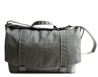 Messenger no.1 - in GRAY waxed canvas