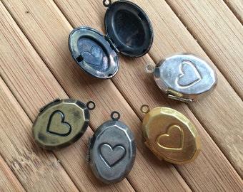 Heart Pattern OVAL Locket 20x15mm - Code 163.642