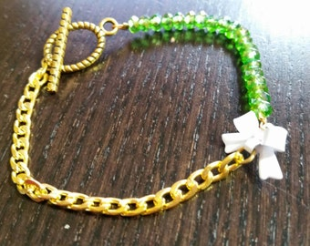 Green and White Crystal and Itty Bitty Bow Bracelet