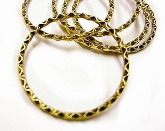 6pc 32mm antique gold textured metal ring-2328A