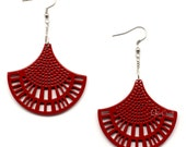 Horn & Lacquer Earrings - Q5042