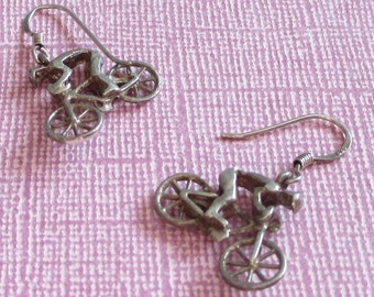 Vintage Sterling Silver Bicycle Earrings, Cyclist Gifts, Bicyclist Jewelry, Bike Jewelry, Sports Jewelry, Bike Earrings