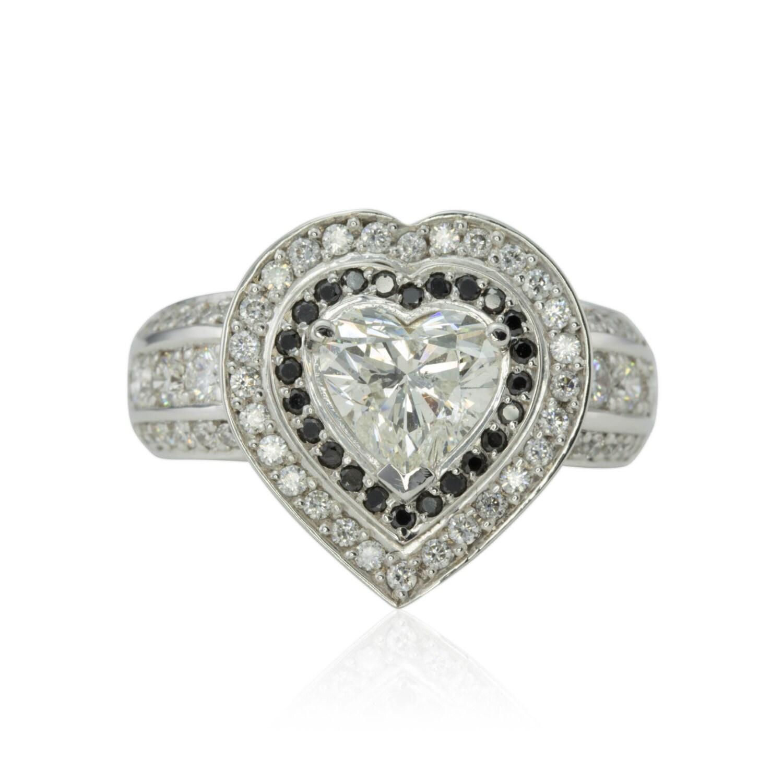 engagement ring diamond engagement ring diamond heart ring. Black Bedroom Furniture Sets. Home Design Ideas