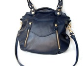 Larch leather bag in navy