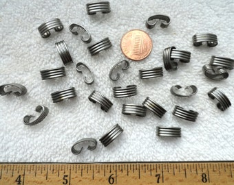 30 Vintage Steel Chain Connectors, 5mm Wide x 15mm Length, Textured/Ribbed Design