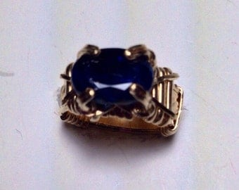 Kyanite gold ring