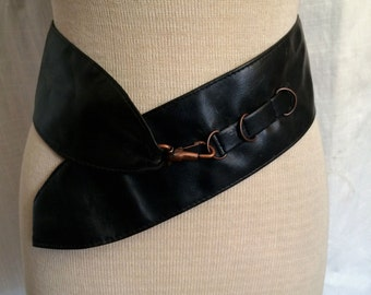 Vintage 1980's Wide Black Leather Belt With Style