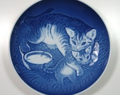 1970's B&G Bing and Grondahl Mother's Day Cat Kitten Delft Blue Porcelain Plate 1971