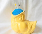 Vintage Little Wide Mouth Yellow Bird Pin Cushion