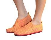 Sz. 7 Fuschia Gold Circuit Canvas/Rubber Lightweight Slip On Shoe