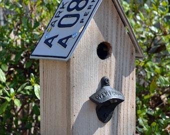 Rustic Birdhouse - Primitive Birdhouse - Recycled Birdhouse - License plates
