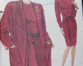 Vogue Very Easy Dress Coat Pattern 7916