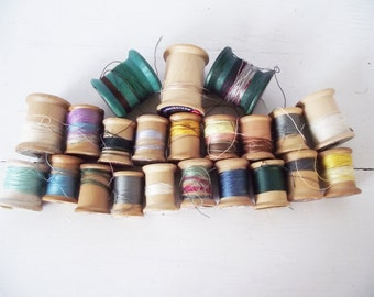 Vintage  Wooden Thread  Spools - 20 plus
