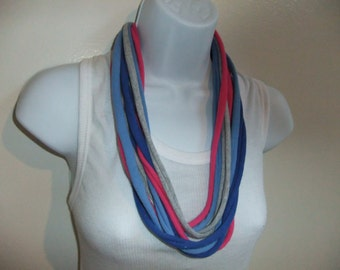 Chunky Multi Color T Shirt Infinity Scarf Necklace W/Wrist band Larger Strands Short Scarf