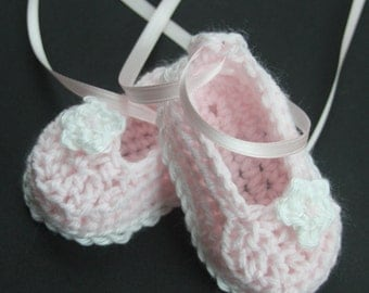 Crochet Baby Girl Booties Ballerina Slippers Knit Infant Crib Shoes Christening Baby Shoes Handmade Baptism Baby Shoes with Flower MaryJanes