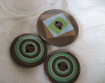 Lot of 3 Brown Print Plastic BUTTONS