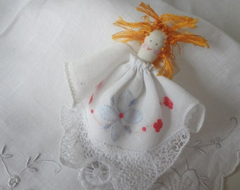 Vintage Handkerchief Angel Handmade Brooch Pin Appliqué Embroidery Lace Christmas Gift Stocking Stuffer - EnglishPreserves