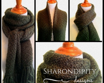 Chevron Knit Scarf in Velvet Green