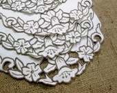 Vintage Placemats Set Embroidered  Tray Cloths Place Mats Tea Linens Madeira Embroidery Daffodils Doilies Vintage Linens