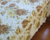 Vintage Bedspread Quilt Double Full Twin Gold Yellow Brown Shabby Cottage Chic