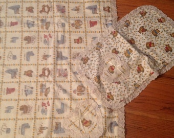 vintage Teddy Bear quilt with matching burp cloth