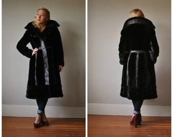1970s Dark Chocolate Princess Coat~Size Extra Small to Small