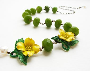 Vintage buttercup flower statement necklace yellow enamel brooch apple jade beaded necklace, mothers day gift