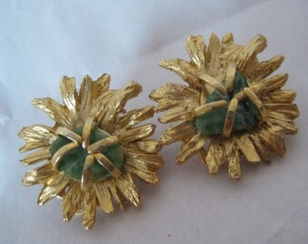 Green Stone Gold Abstract Earrings Clip Mod Vintage BSK