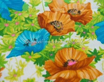 Mod Summer Floral - Vintage Fabric Wonderful Floral 60s 70s New Old Stock
