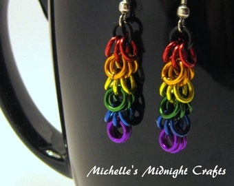 Rainbow Chainmaille Shaggy Loops