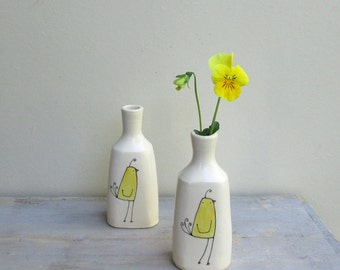 Yellow bird vase, ONE bird vase, small bird flower vase, ceramic spring flower garden vase