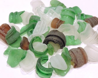 Bulk of bottle rims SEAGLASS Lot of 30 pcs / For crafts and jewelry / N23