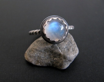 Moonstone Ring Sterling Silver, Rainbow Moonstone Gemstone Ring, Handmade Sterling Silver Ring Size 7.5