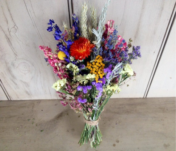 Loose bundle of dried flowers to fit in your by