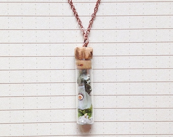 Terrarium Necklace with Butterfly Wing - Glass Vial