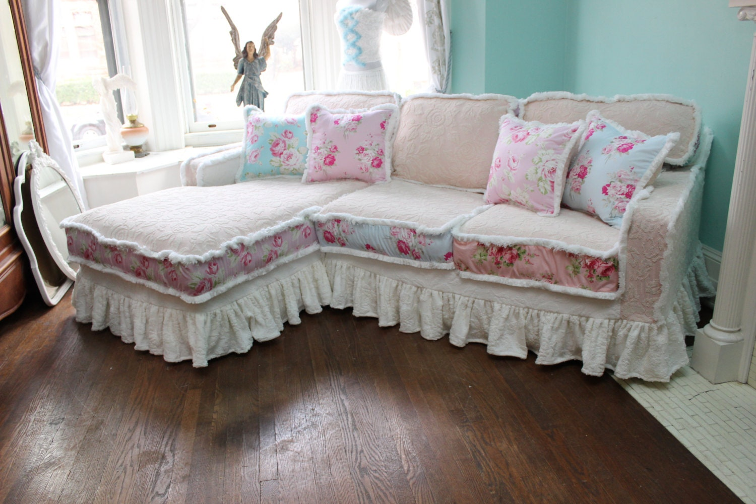 shabby chic sectional sofa vintage rose by vintagechicfurniture. Black Bedroom Furniture Sets. Home Design Ideas