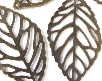20 Antiqued Brass Filigree Leaf Stamp Focal Pendant 35x20mm  (P224)