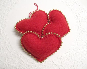 Christmas Decorations / Christmas Ornaments / Heart Ornaments Handmade from Felted Cashmere Sweaters (no.377)