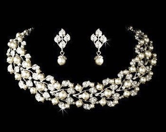 Wedding pearl jewellery set pearl bridal pendant cluster necklace earrings vintage style bridal necklace wedding accessories